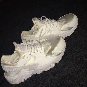 All white huaraches